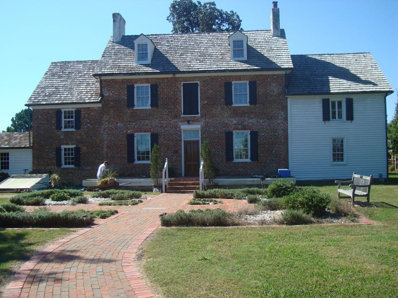 Head to historic and beautiful virginia beach for Plantation house