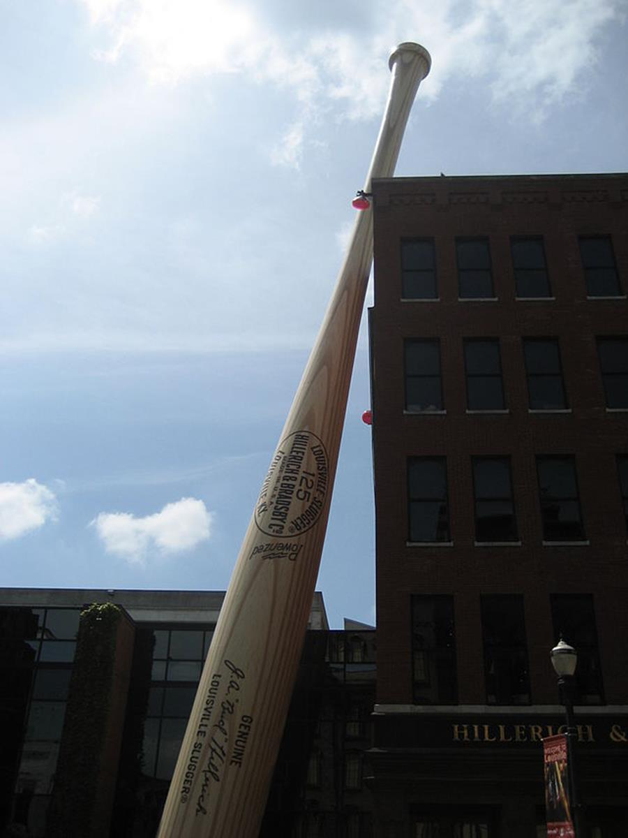 "The ""Largest Bat in the World"" outside of the Louisville Slugger Factory and"