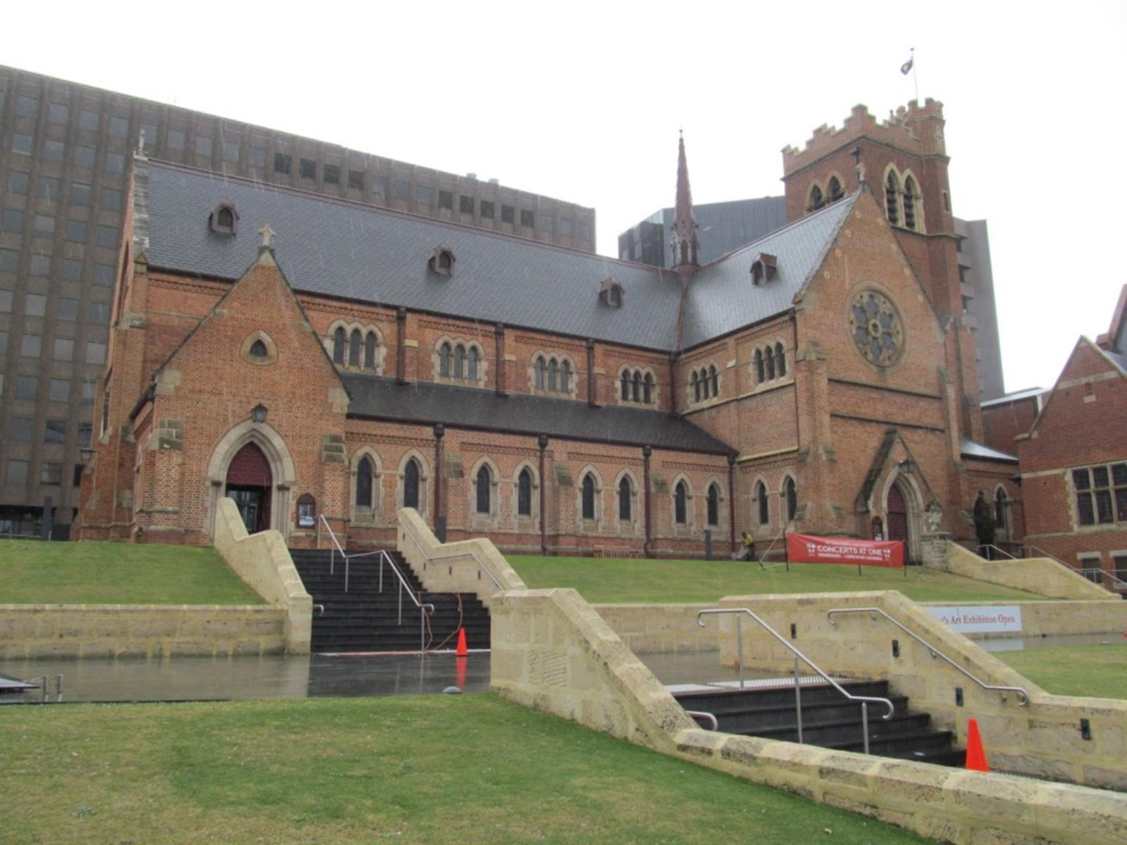 OIC_perth_st_georges_cathedral_front_1