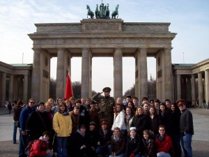group in front of Brandenburg Gate